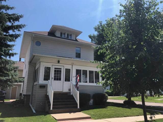 419 Ellis Street, Fond Du Lac, WI 54935 (#50224852) :: Todd Wiese Homeselling System, Inc.