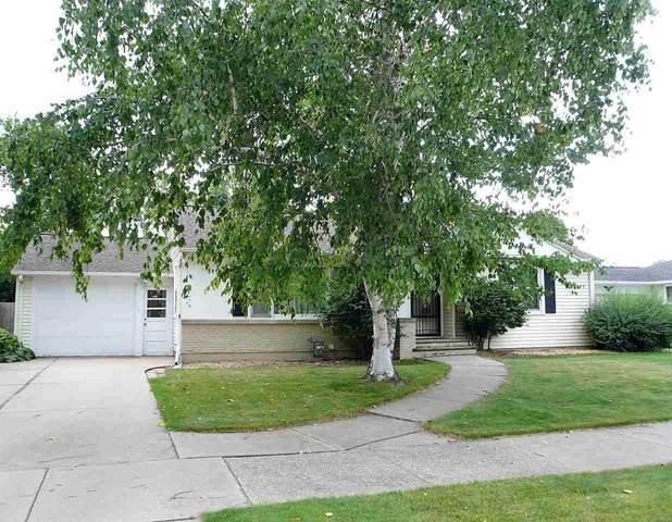 1646 Loretta Lane, Green Bay, WI 54302 (#50224856) :: Todd Wiese Homeselling System, Inc.