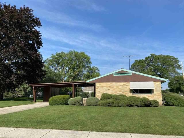 264 Laurel Lane, Fond Du Lac, WI 54935 (#50224866) :: Todd Wiese Homeselling System, Inc.