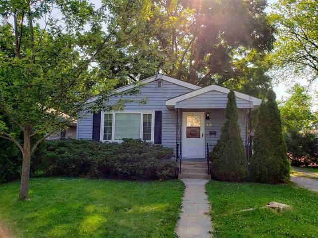 1842 Delaware Street, Oshkosh, WI 54902 (#50224871) :: Todd Wiese Homeselling System, Inc.