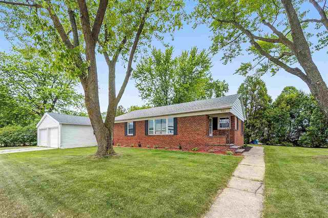 523 Cormier Road, Green Bay, WI 54304 (#50224957) :: Dallaire Realty