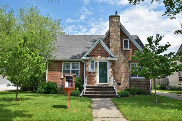 327 S Erie Street, De Pere, WI 54115 (#50224960) :: Todd Wiese Homeselling System, Inc.