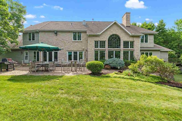 3519 Lost Dauphin Road, De Pere, WI 54115 (#50224966) :: Todd Wiese Homeselling System, Inc.