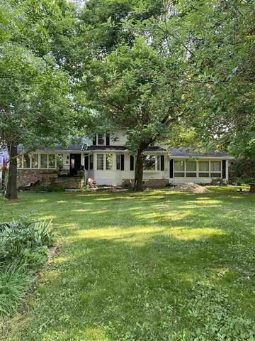 N5473 Deneveu Lane, Fond Du Lac, WI 54935 (#50224971) :: Todd Wiese Homeselling System, Inc.