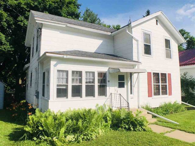 96 N Lincoln Avenue, Clintonville, WI 54929 (#50224994) :: Dallaire Realty
