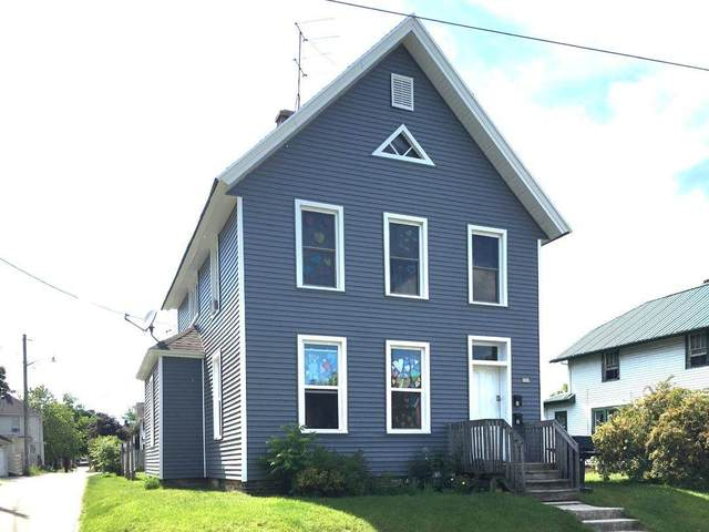 826 N 6TH Street, Manitowoc, WI 54220 (#50225002) :: Todd Wiese Homeselling System, Inc.