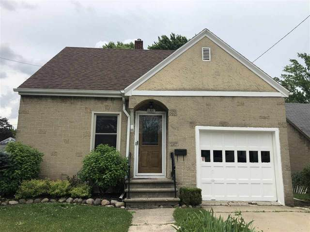 1337 14TH Avenue, Green Bay, WI 54304 (#50225017) :: Todd Wiese Homeselling System, Inc.
