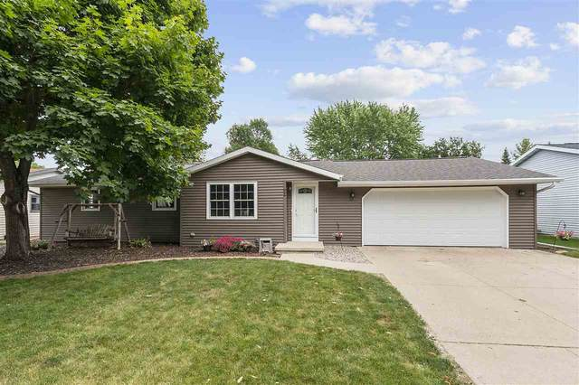 22 Welcome Circle, Appleton, WI 54915 (#50225044) :: Todd Wiese Homeselling System, Inc.