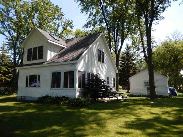 N1853 Maple Heights Beach, Chilton, WI 53014 (#50225046) :: Todd Wiese Homeselling System, Inc.