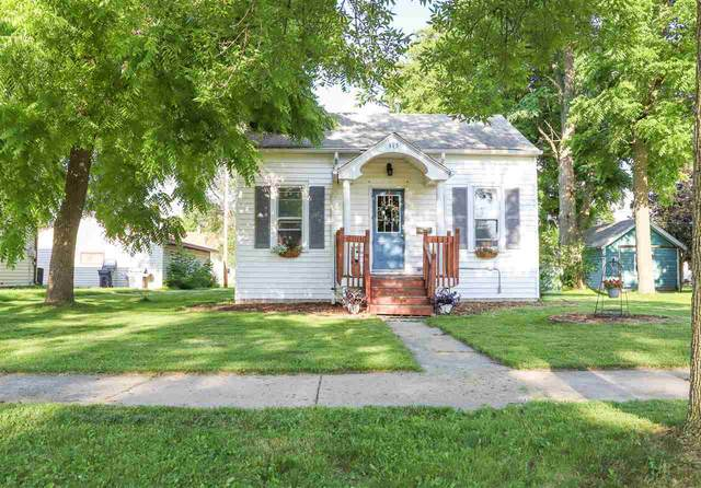 315 S Maple Street, Kimberly, WI 54136 (#50225065) :: Dallaire Realty