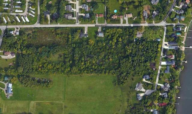 Sunnyview Road, Oshkosh, WI 54901 (#50225066) :: Dallaire Realty