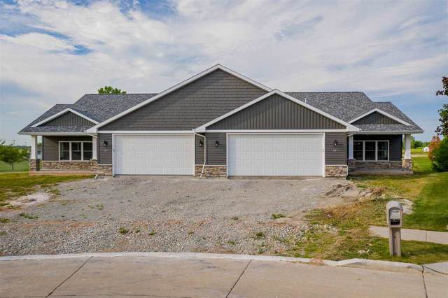 22 Links Court, Kaukauna, WI 54130 (#50225092) :: Todd Wiese Homeselling System, Inc.