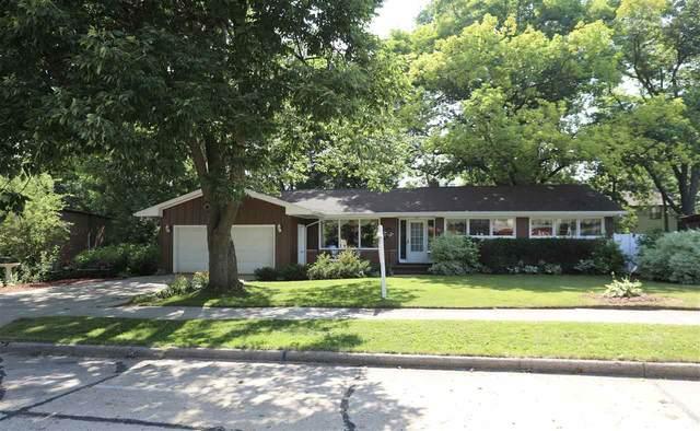 107 Idlewild Street, Kaukauna, WI 54130 (#50225093) :: Todd Wiese Homeselling System, Inc.