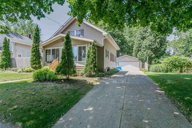 911 Oviatt Street, Kaukauna, WI 54130 (#50225124) :: Todd Wiese Homeselling System, Inc.