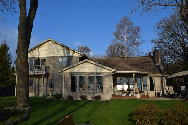 3982 Sand Bay Point Road, Sturgeon Bay, WI 54235 (#50225137) :: Dallaire Realty