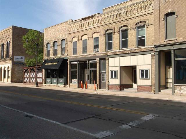 603 S Main Street, Oshkosh, WI 54902 (#50225161) :: Dallaire Realty