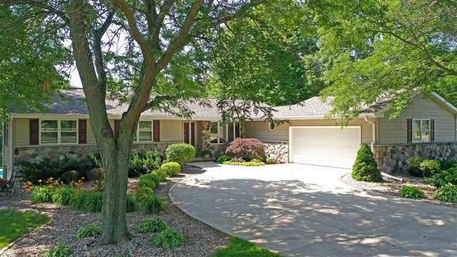 W1663 Verhagen Drive, Kaukauna, WI 54130 (#50225171) :: Todd Wiese Homeselling System, Inc.