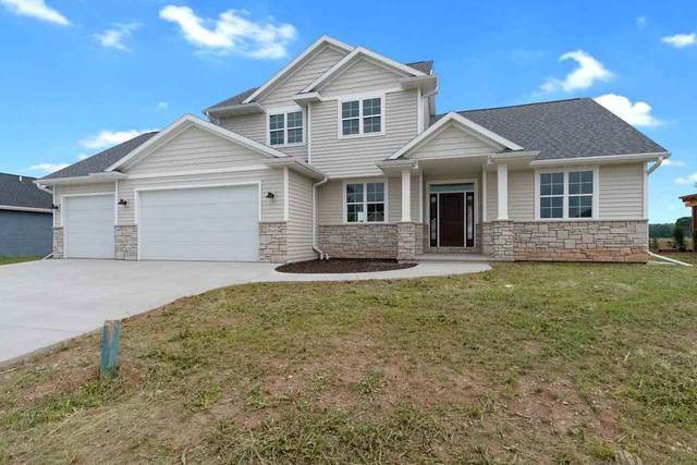 N9362 Touchdown Drive, Appleton, WI 54915 (#50225176) :: Todd Wiese Homeselling System, Inc.