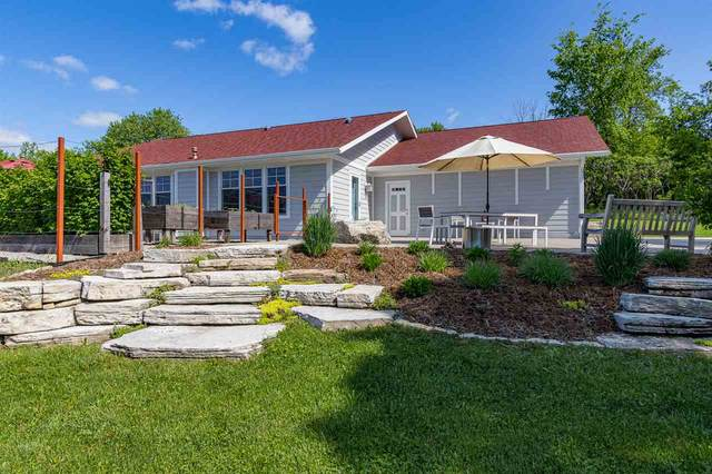 N2203 Greendale Road, Hortonville, WI 54944 (#50225194) :: Dallaire Realty