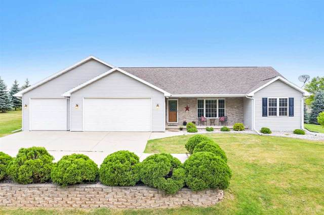 5451 North Avenue, Denmark, WI 54208 (#50225210) :: Todd Wiese Homeselling System, Inc.