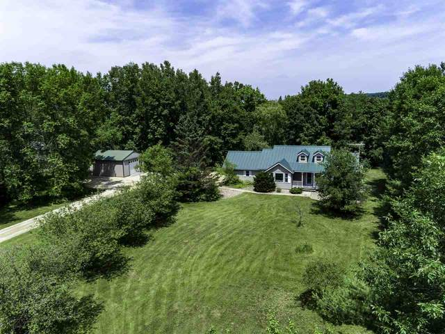 N4590 Ostrander Road, New London, WI 54961 (#50225219) :: Todd Wiese Homeselling System, Inc.