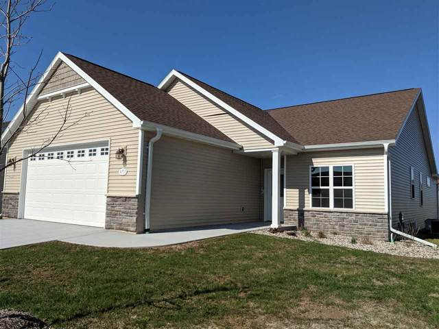 4757 N Cherryvale Avenue, Appleton, WI 54913 (#50225258) :: Dallaire Realty