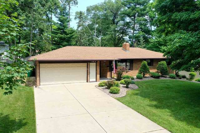 1664 Forest Glen Drive, Green Bay, WI 54304 (#50225260) :: Dallaire Realty