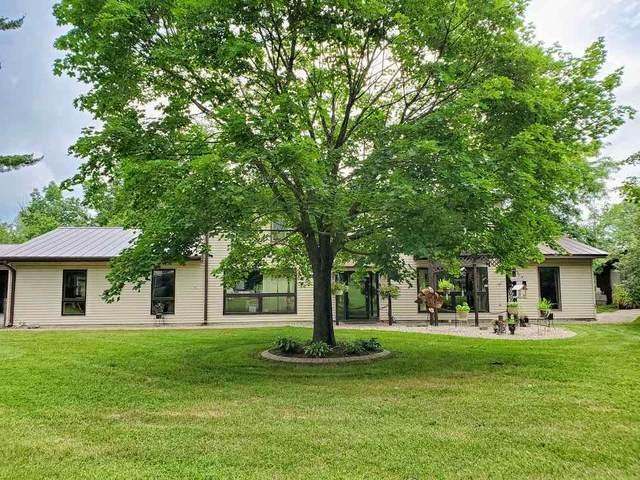 300 Water Street, Ogdensburg, WI 54962 (#50225274) :: Ben Bartolazzi Real Estate Inc