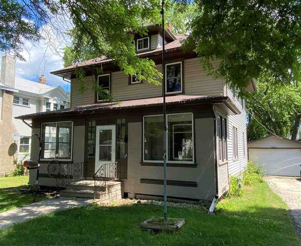 815 S Ashland Avenue, Green Bay, WI 54304 (#50225279) :: Dallaire Realty