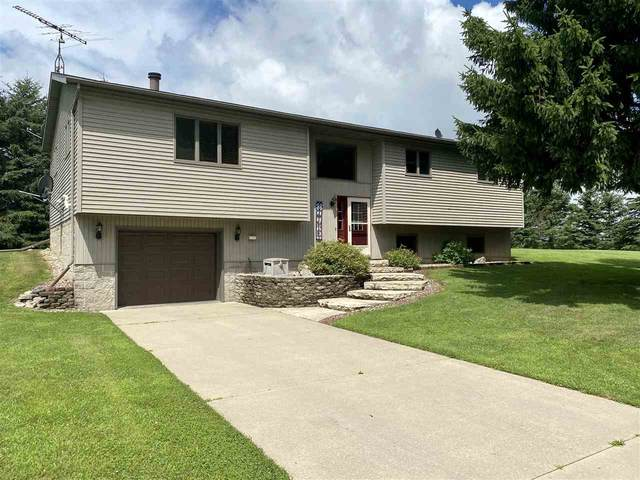 W621 Badger Road, Lomira, WI 53048 (#50225297) :: Todd Wiese Homeselling System, Inc.