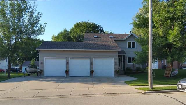 1230 School Street, Lomira, WI 53048 (#50225300) :: Todd Wiese Homeselling System, Inc.