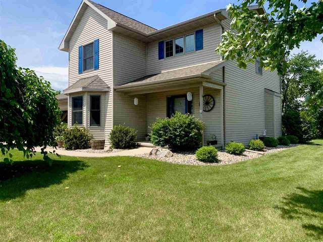 W6909 Brookview Drive, Fond Du Lac, WI 54937 (#50225442) :: Todd Wiese Homeselling System, Inc.
