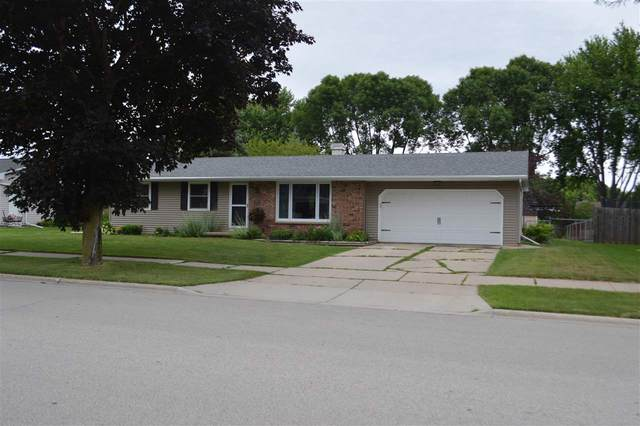 1753 Ledgeview Road, De Pere, WI 54115 (#50225541) :: Todd Wiese Homeselling System, Inc.
