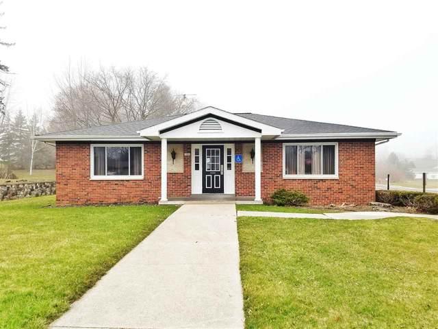 1202 W Washington Avenue, Cleveland, WI 53015 (#50225599) :: Ben Bartolazzi Real Estate Inc