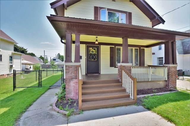 927 N 10TH Street, Manitowoc, WI 54220 (#50225629) :: Symes Realty, LLC