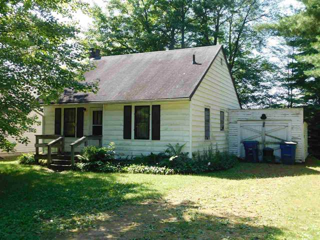 W8719 Cloverleaf Lake Road, Clintonville, WI 54929 (#50225786) :: Symes Realty, LLC