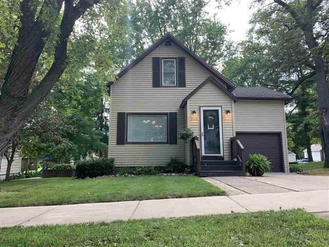 929 S Bartlett Street, Shawano, WI 54166 (#50225888) :: Ben Bartolazzi Real Estate Inc