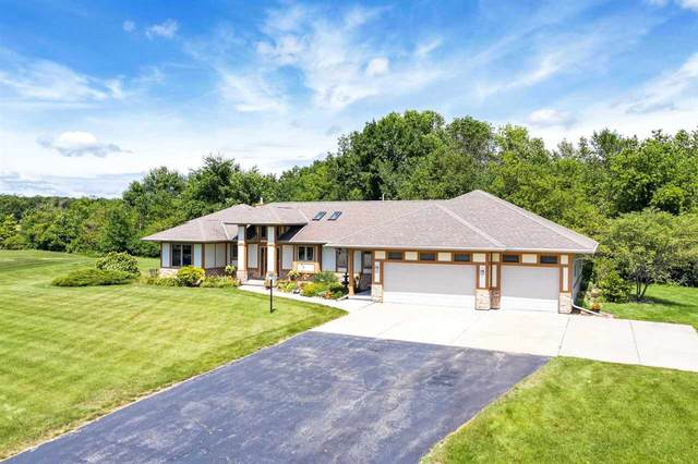 3040 Woodhaven Drive, De Pere, WI 54115 (#50225901) :: Carolyn Stark Real Estate Team