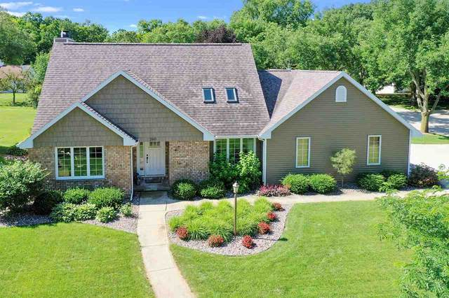 380 Windward Road, Green Bay, WI 54302 (#50226027) :: Carolyn Stark Real Estate Team