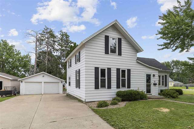 1210 S Pearl Street, New London, WI 54961 (#50226069) :: Ben Bartolazzi Real Estate Inc