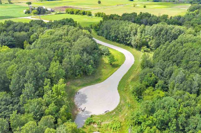 587 Cross Country Court, Oneida, WI 54155 (#50226219) :: Dallaire Realty