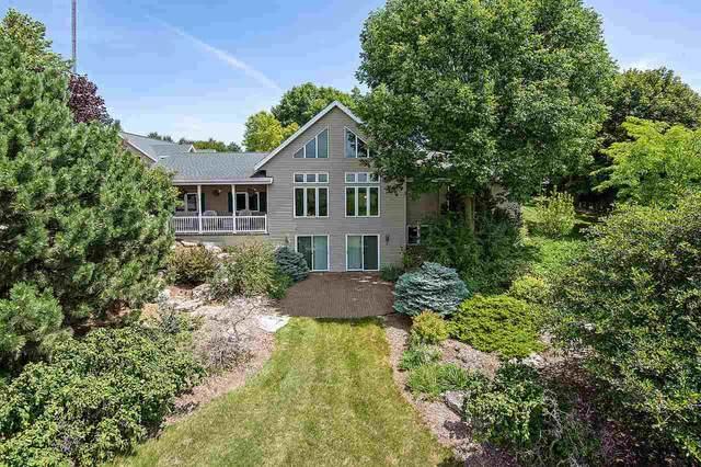 N5606 Maple View Lane, Hilbert, WI 54129 (#50226228) :: Ben Bartolazzi Real Estate Inc