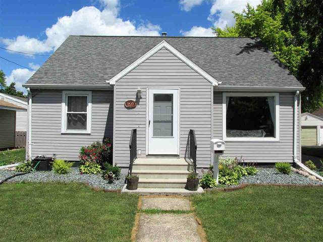 908 Lincoln Street, Menasha, WI 54952 (#50226239) :: Dallaire Realty