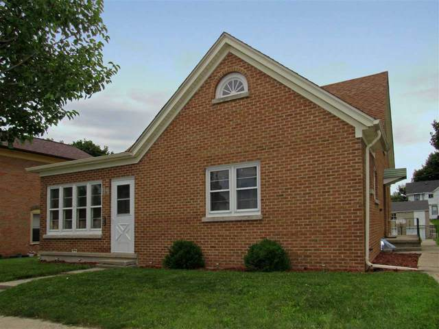 119 S Hubbard Street, Horicon, WI 53032 (#50226369) :: Symes Realty, LLC