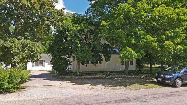 E1494 Main Street, Waupaca, WI 54981 (#50226421) :: Carolyn Stark Real Estate Team