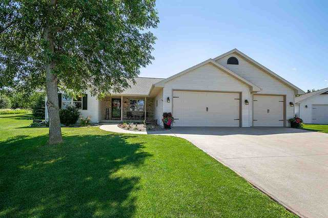 W6607 Gemstone Court, Greenville, WI 54942 (#50226470) :: Dallaire Realty