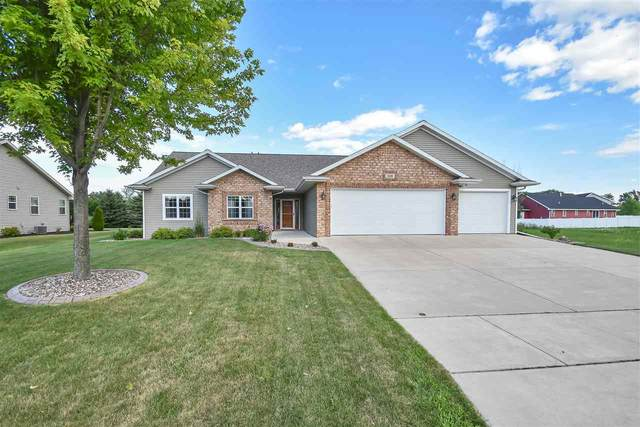 508 Patrick Lane, Pulaski, WI 54162 (#50226544) :: Ben Bartolazzi Real Estate Inc