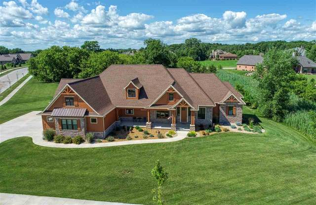 2410 E Downs Ridge Road, Appleton, WI 54913 (#50226563) :: Todd Wiese Homeselling System, Inc.