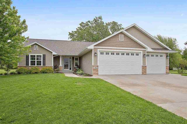 N9064 Blackoak Street, Menasha, WI 54952 (#50226569) :: Symes Realty, LLC