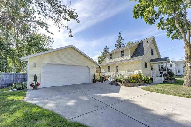 1605 W Rogers Avenue, Appleton, WI 54914 (#50226649) :: Dallaire Realty